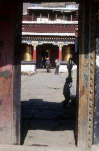 inner courtyard of the Trandruk monastery