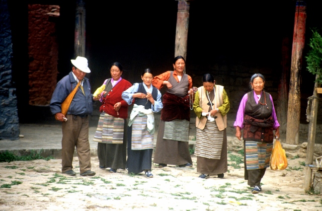 a group of Tibetans in the Zhalu Monastery