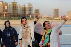 in Iran, too, there is a well-developed selfie culture