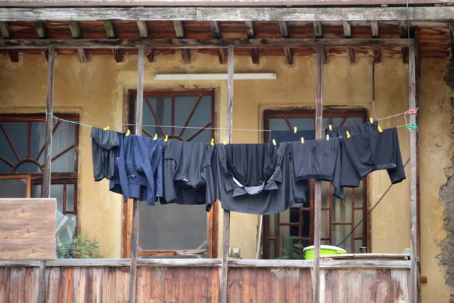 as always, there is a laundry picture - not very colourful, though