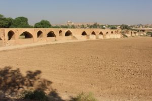 the Pol-e Shandravan, the largest bridge