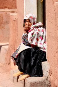 Abyaneh woman, with characteristic head scarf